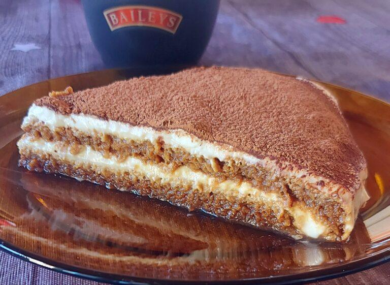 Бананова торта без бяла захар и брашно